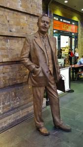 Statue of Sir Nigel Gresley at Kings Cross