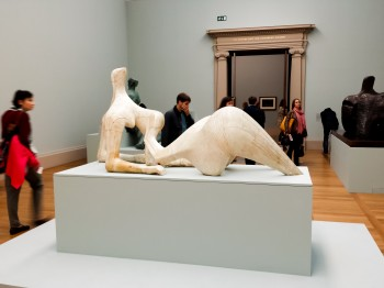 Henry Morre piece in Tate Britain