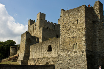A view which shows the strength of Rochester Castle